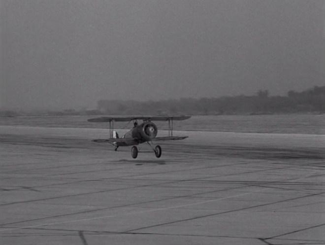 "Seria 1, Odcinek 18 - ""The Last Flight"""
