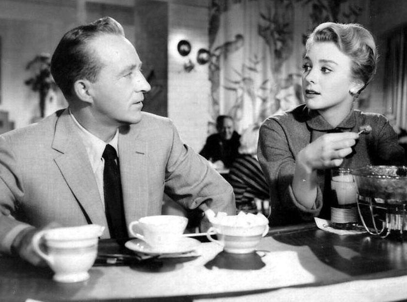 "Inger Stevens u boku Binga Crosby'ego w filmie ""Man on Fire"", 1957"